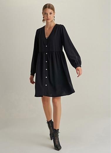 NGSTYLE Düğmeli Rahat Kesim Elbise Siyah
